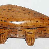 Lizard wooden box