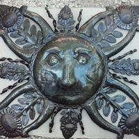 Sun metal decor