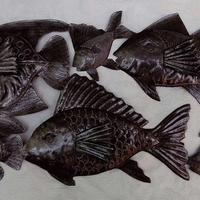 Metal fishes sculpture